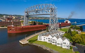 South Pier Inn Duluth Minnesota