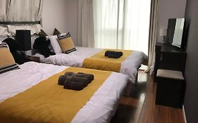 Twin Bed Hotel