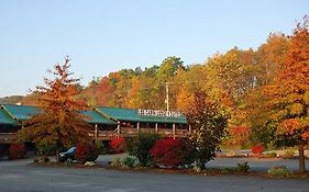 Log Cabin Lodge And Suites Jones Mills Pa