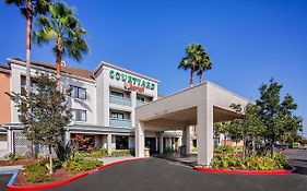 Oakland Airport Courtyard Marriott