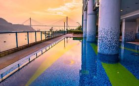 Bay Bridge Hotel