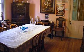 Auberge Des Arts Bed And Breakfast