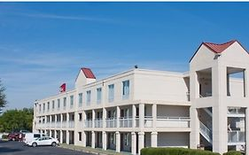 Quality Roof Inn And Suites Montgomery Al