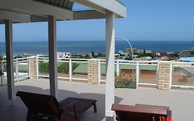 On The Bay Guest House Jeffreys Bay