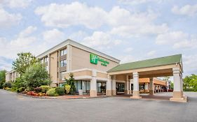 Holiday Inn And Suites Parsippany Nj