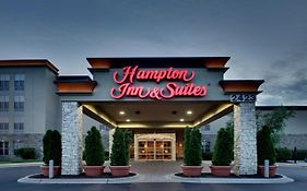 Hampton Inn & Suites Aurora
