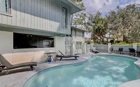 12 Bald Eagle West 5 Bedroom Sea Pines Pool