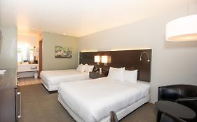 Fall Creek Inn And Suites Branson