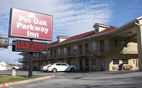 Pin Oak Parkway Inn Pigeon Forge Tn