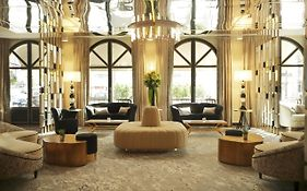 Hotel le Derby Alma Paris