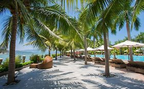 Diamond Bay Resort & Spa 4 ****