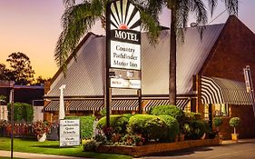 Country Pathfinder Motor Inn Dalby