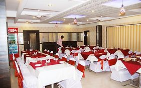 Hotel Lee Grand Shirdi