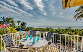 Beach Front Bungalow, Fort Myers Beach