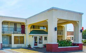 Econo Lodge Andalusia Alabama