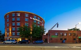 Best Western Plus Roundhouse Suites Boston Ma