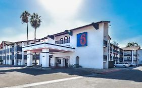 Motel 6 Ontario Convention Center- Airport Ontario, Ca