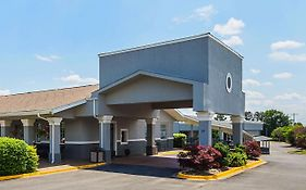 Clarion Inn And Suites Greenville Sc