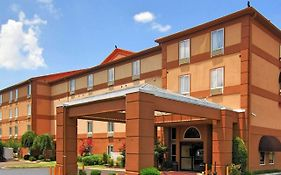 Quality Suites i-240 East-Airport Memphis Tn