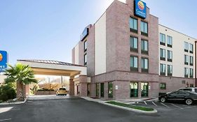 Comfort Inn And Suites San Antonio Airport