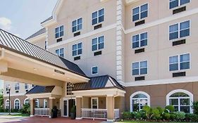 Quality Inn And Suites Dallas