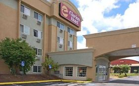 Clarion Hotel Renton Washington 2*