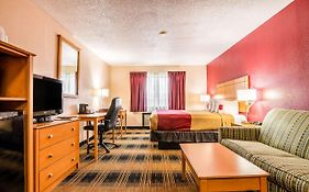 Econo Lodge Topeka 2*