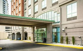 Comfort Suites Newport Kentucky