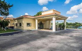 Quality Inn Mount Dora Florida 2*