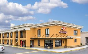 Econo Lodge Midtown Savannah