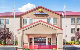 Comfort Inn & Suites at Stone Mountain Stone Mountain, Ga