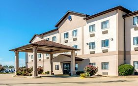 Quality Inn Salem Illinois