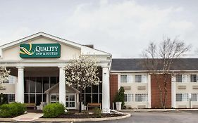 Quality Inn And Suites st Charles Il