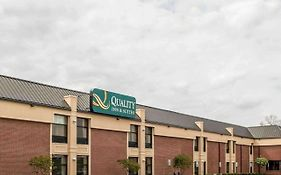 Quality Inn Greenfield In
