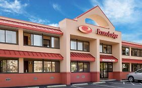 Econo Lodge Boston