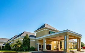 Quality Inn And Suites Coldwater Mi
