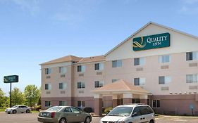 Quality Inn Brooklyn Center Minnesota