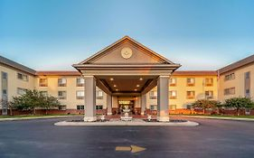 Quality Inn And Suites Hannibal Mo