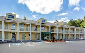 Quality Inn Laurinburg Nc 2*