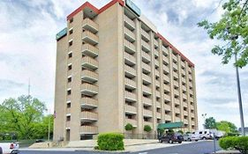 Quality Inn & Suites Fort Bragg Fayetteville Nc