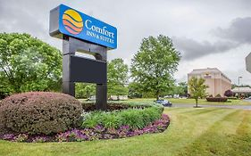 Comfort Inn & Suites Somerset Nj