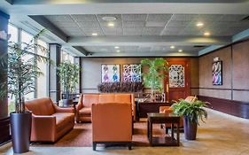 Quality Inn And Suites Riverfront Oswego