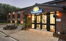 Days Inn Bridgend Cardiff M4