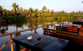 Om Lake Resort Goa