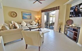 Exceptional 3 Bedroom Pool Home Near Disney Kissimmee