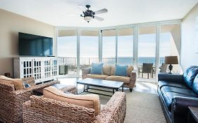 Crb1214 - Serene Waterfront Three-Bedroom Apartment