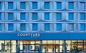 Courtyard By Marriott Luton Airport photos Exterior