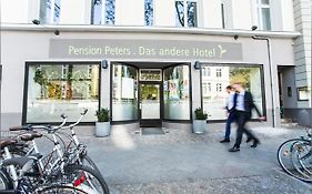 Peters Pension Berlin