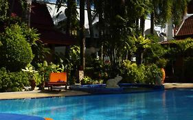Safari Beach Hotel Patong