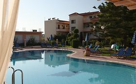 Lyristis Studios And Apartments Faliraki